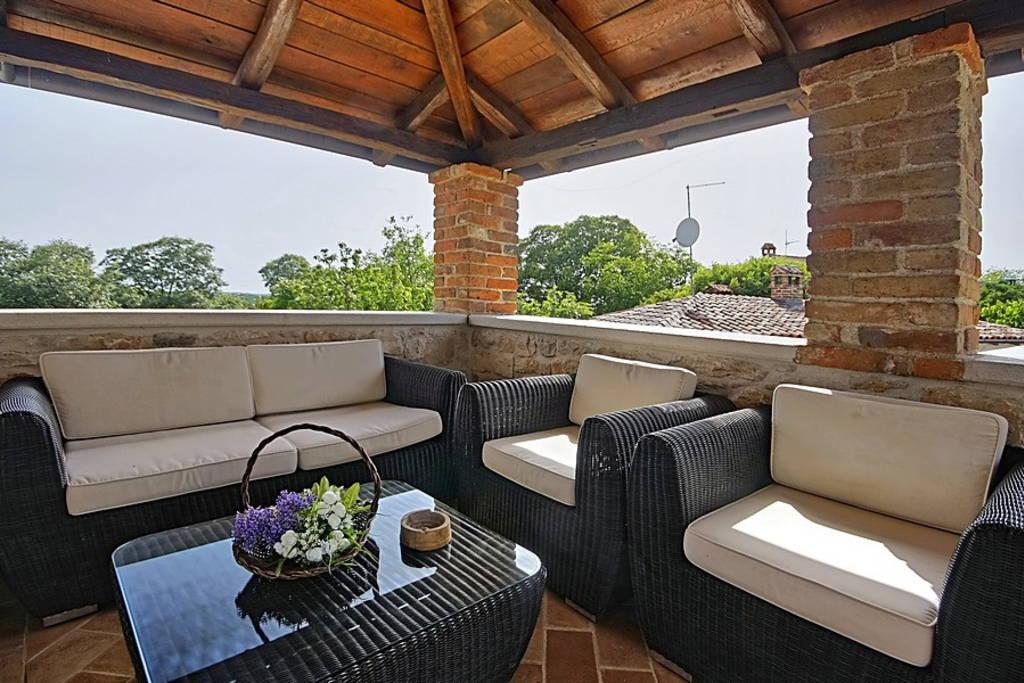 Kamin Villa Design