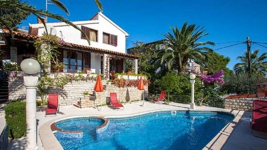 Villas Split Croatia  Family Villa with pool & sea view, near beach