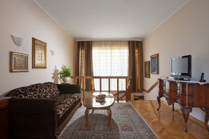 Umag Luxury Villa with pool by the sea and city centre
