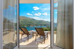Private Dubrovnik Riviera Villa with private pool and sea view