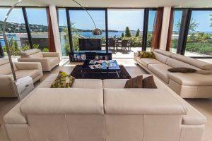 Exclusive Modern Beach Villa with indoor pool and sauna