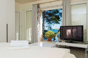 Luxury Holiday Villa in Hvar Croatia by the sea with private beach
