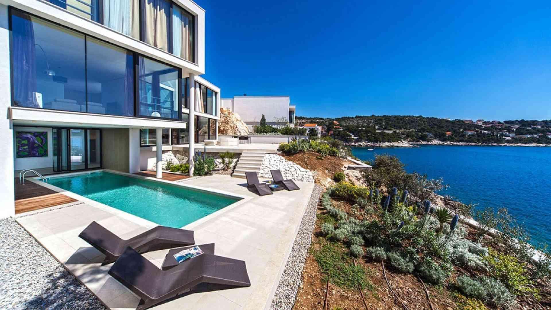 Luxury Croatia Villa Holidays Rentals in Split Makarska Brac Primosten