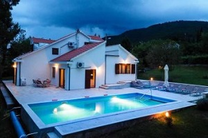 Dubrovnik Country Family Holiday Home with pool