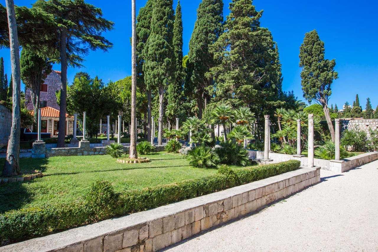 Dubrovnik Luxury Villa By The Sea Renaissance Garden