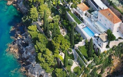exclusive-dubrovnik-villa-garden-sea-pool-01-400x314 Homepage Version 3 - Revolution Slider