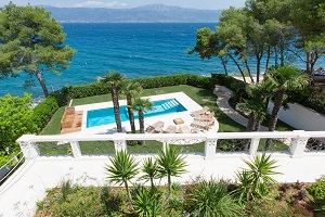 Exclusive Villa near Split with pool by the beach