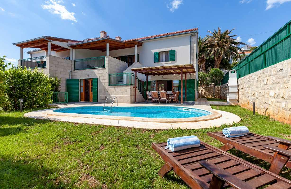 Hvar Holiday Villa With Pool Near Beach & Amp Town Centre